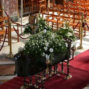 Εικόνα της Στολισμός για Κηδεία