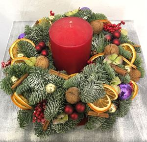 Picture of Wreath with candle